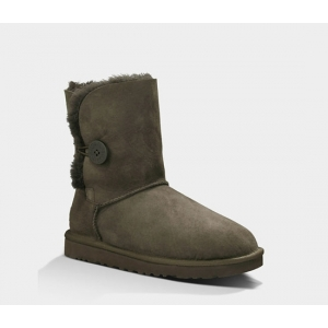 UGG Women Bailey Button Short - Chocolate