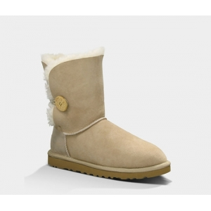 UGG Women Bailey Button Short - Sand