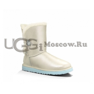 UGG Bailey Short I Do - White